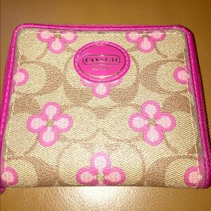 Coach flower wallet